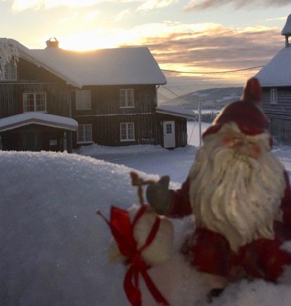 Julenisse på Ullsaker Panorama stor utleie hytte