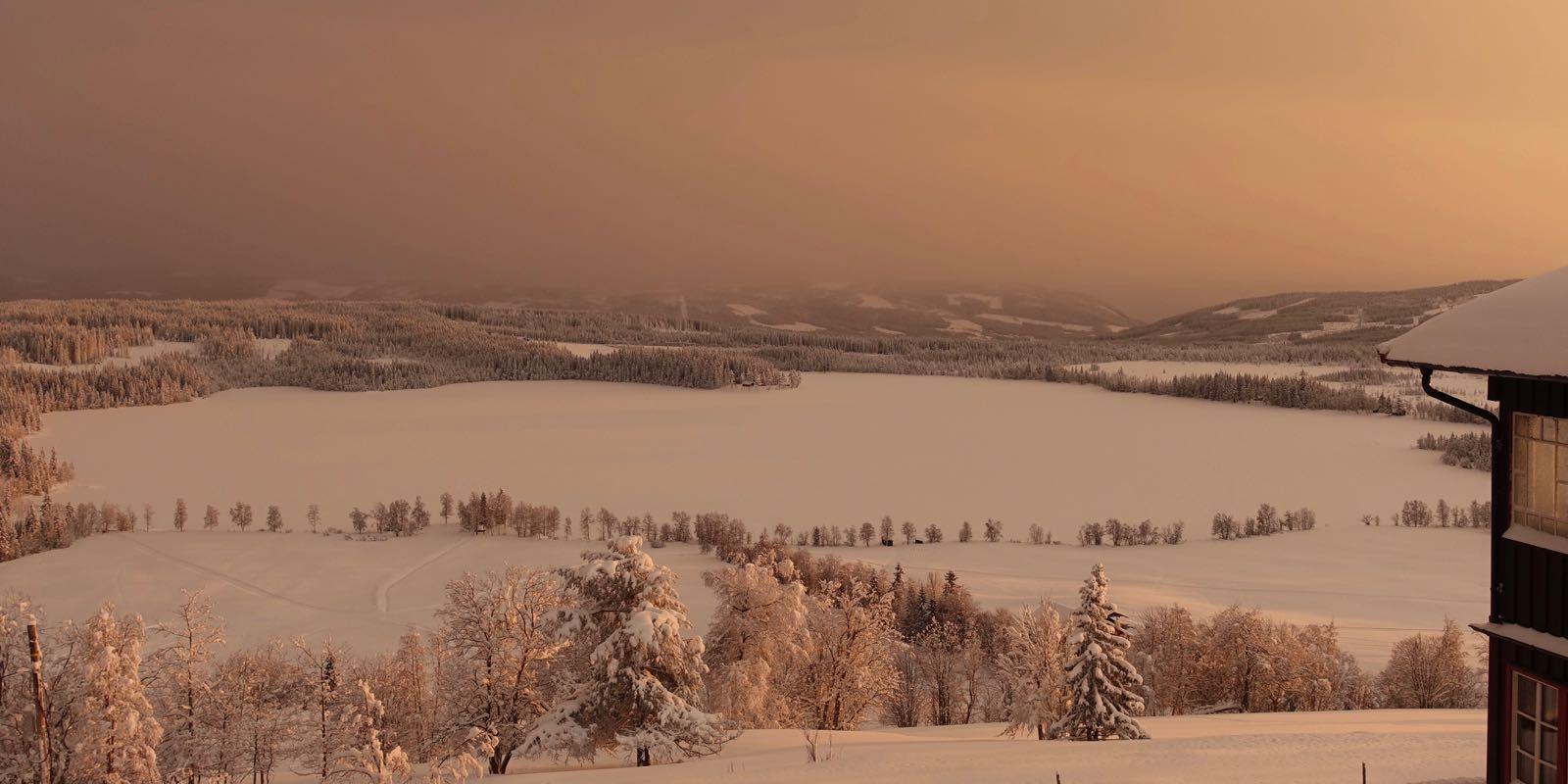 Kveldsstemning på Ullsaker Panorama - utleiehytte for storfamilie